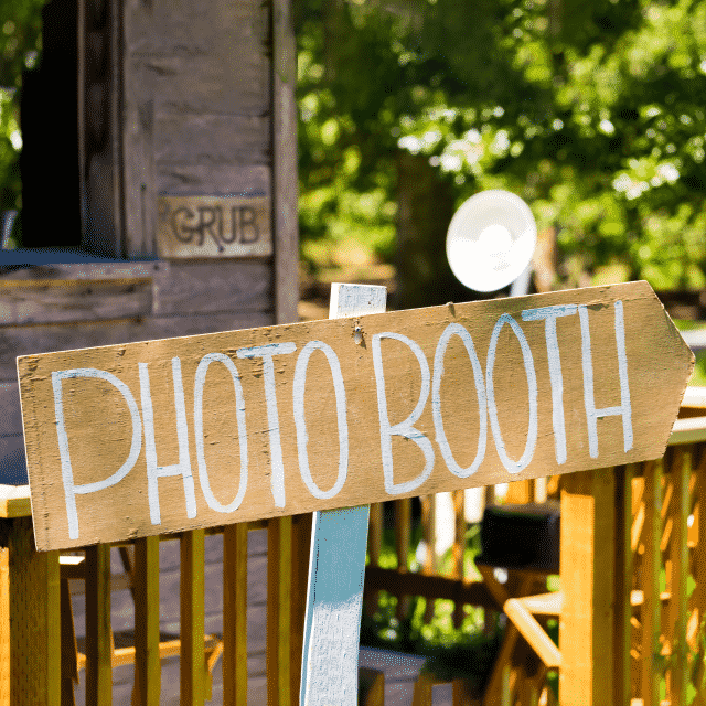 How to Start a Photo Booth Business - ZenBusiness